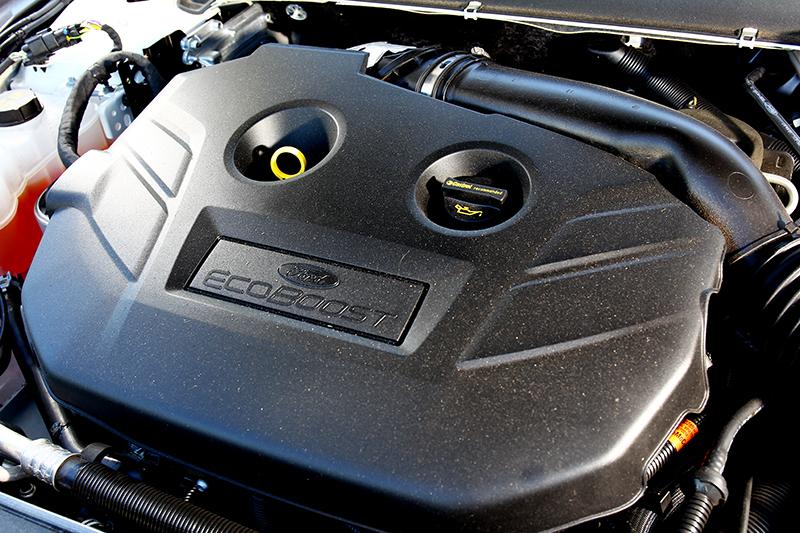 240hp/35.2kgm動力輸出固然暢快,但油門若未控制得宜反倒會讓人不舒服。