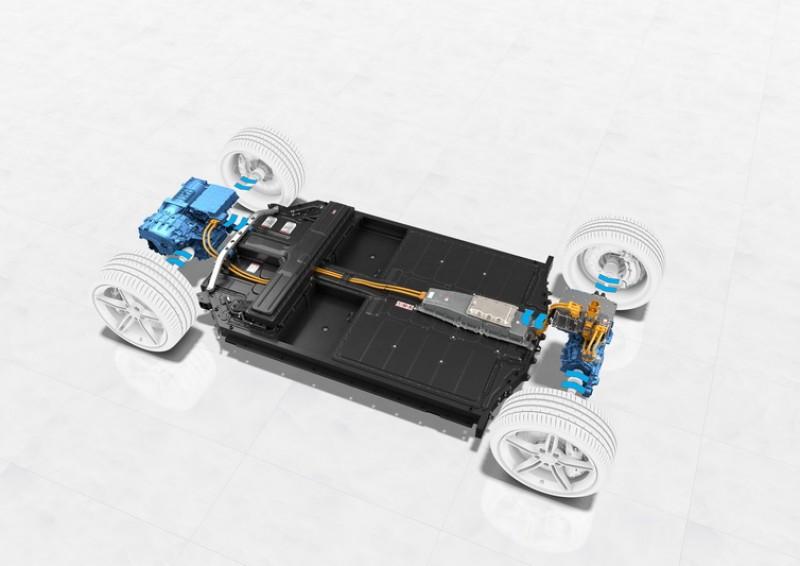 動能回收系統藉由減速過程將動能轉換為電能回充至電池內