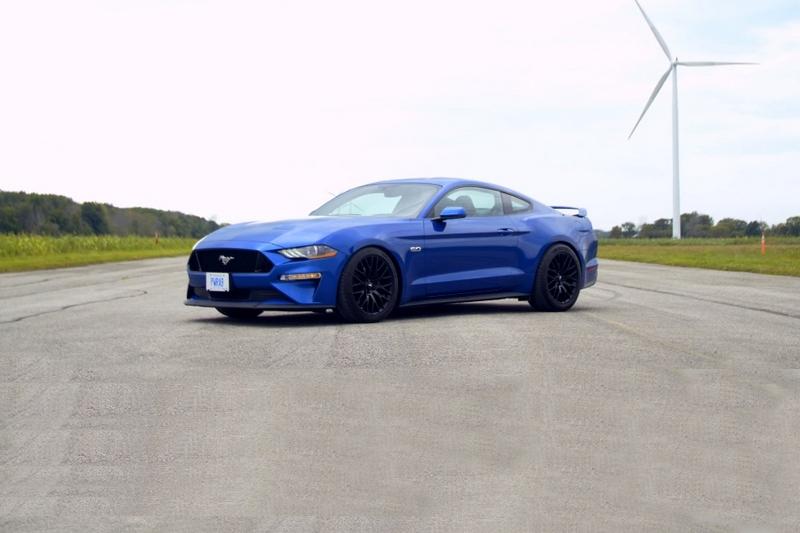 Mustang GT搭載5.0升自然進氣,擁有450hp/54kgm最大動力。