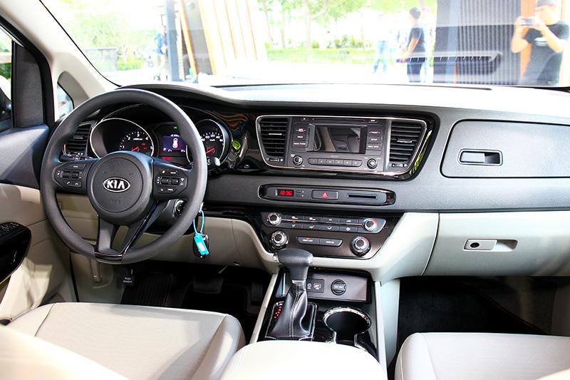 此座艙為經典車型,該車型沒有配置多媒體中控系統。