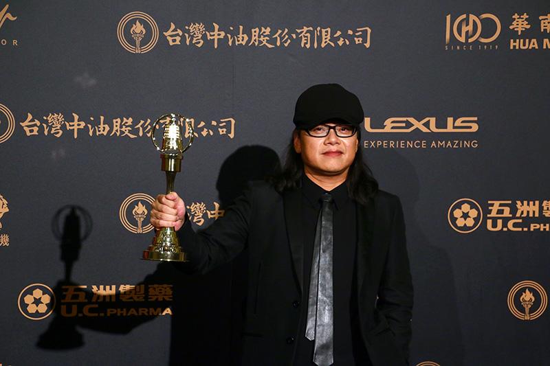 生活風格節目獎:全世界最亮的光, 領獎者主持人:流氓阿德