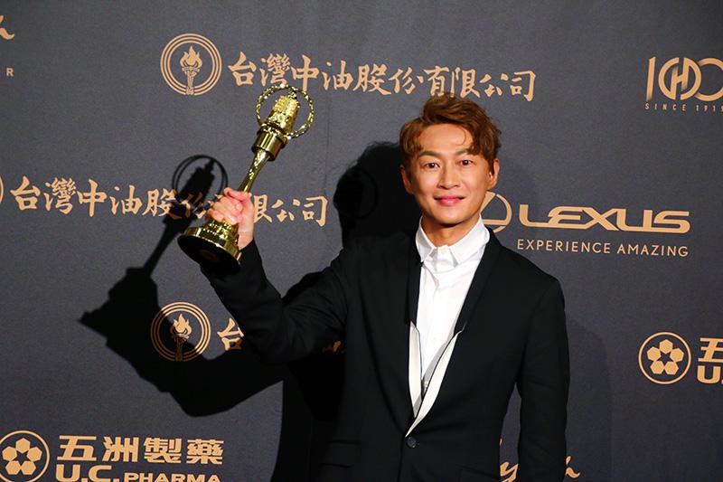 流行音樂節目主持人獎:吳建恆/娛樂E世代