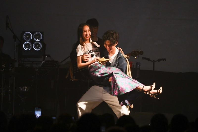 (左)劉容嘉