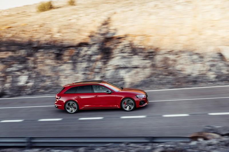 RS 4 Avant仍搭載2.9升V6渦輪引擎。