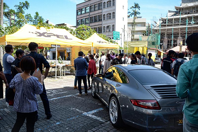 由本站所提供的Porsche 911 Carrera(997),也貼上XPEL車漆保護膜供展示。