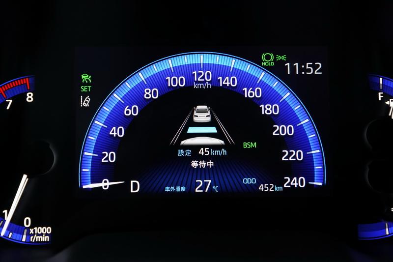 現在可跟著前車行進一直到停止狀態都由電腦控制,停止超過2秒時車子會進入待命狀態