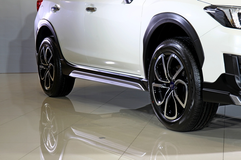 XV GT Edition外觀導入前後下擾流、側裙與GT Edition專屬五幅式18吋輪圈等套件。