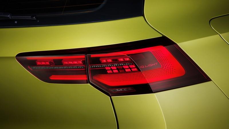 尾燈配置IQ.Light LED燈組。