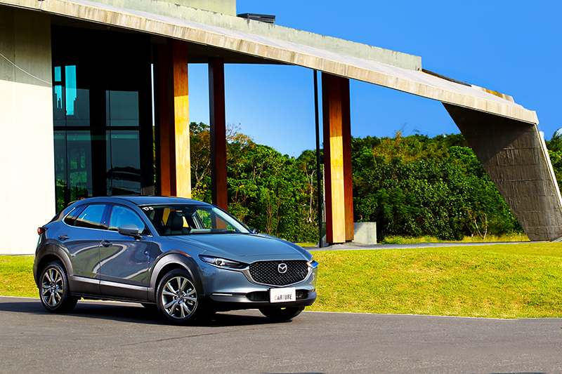 介於CX-5與CX-5之間的CX-30,讓Mazda休旅車系佈建更加豐富緊密。