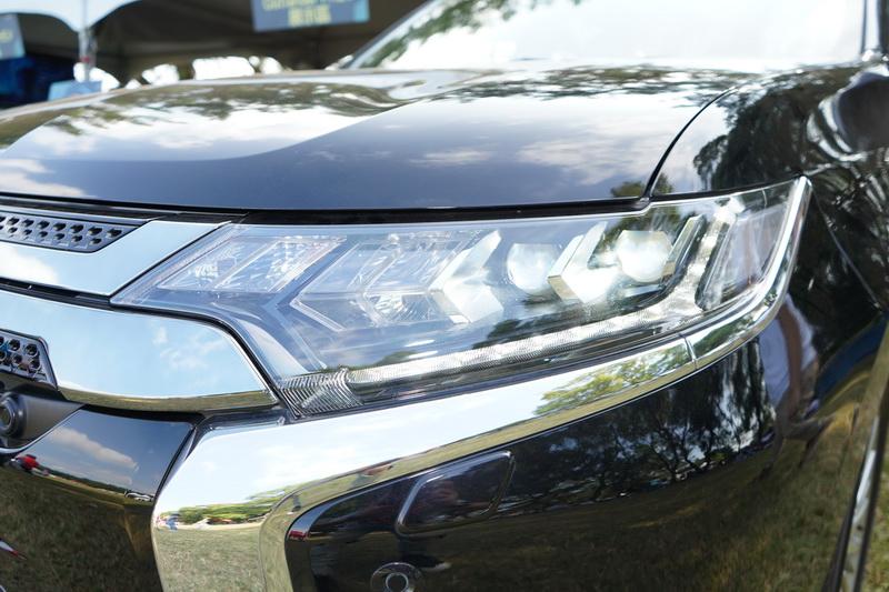 頭燈內部採用的是與海外版相同的箭矢型LED頭燈