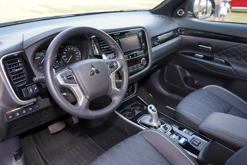 內裝部分變動不大,新年式車型主要是以提升車艙質感為最大訴求