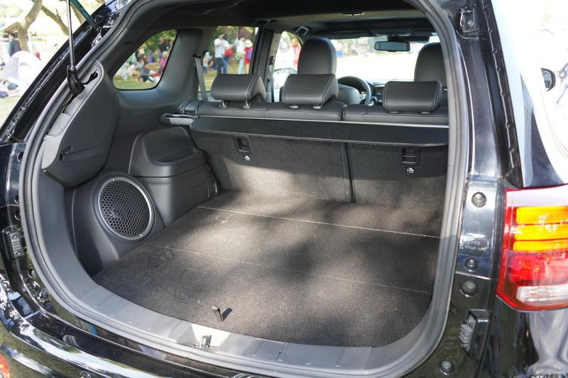PHEV使用的電池模組較小,因此依舊具備休旅車該有的大空間優勢