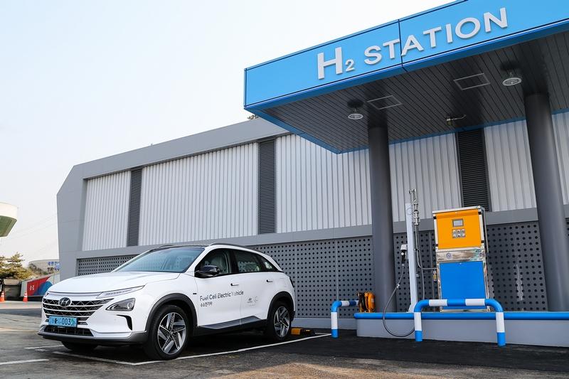 氫氣充填比充電來得更為快速。