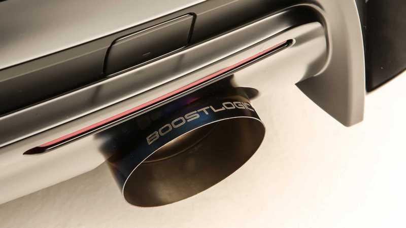 排氣管也採用鈦合金材質。