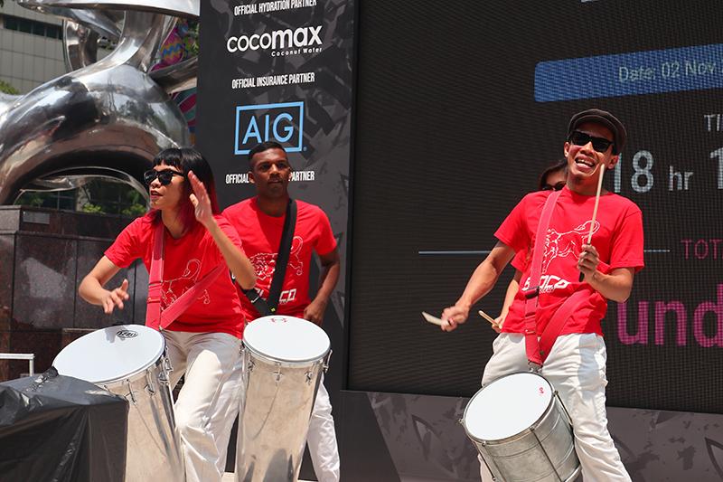 開賽前,充滿東南亞風情的載歌載舞與敲擊樂音是一定要的。