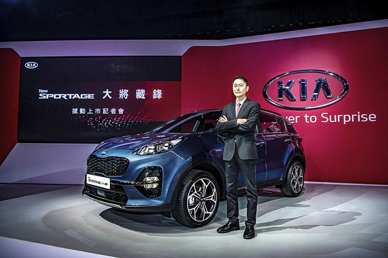 台灣森那美起亞總裁毛文騏表示將以最有誠意的全方位先進安全防護系統及最體貼消 費者財務自由的輕鬆購車方案來實際回饋消費者。
