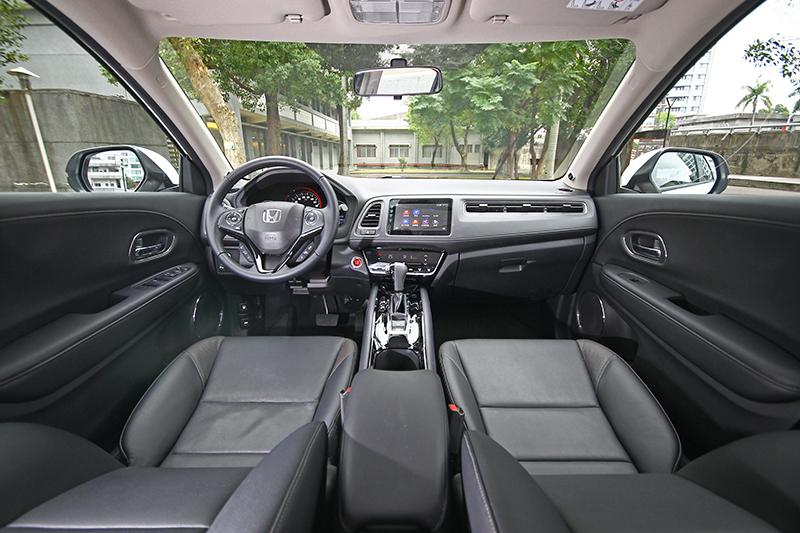 儘管我們今天是以Honda HR-V進行示範,但其實包括FIT與CITY也都推出更貼心的安全智勝版車型!