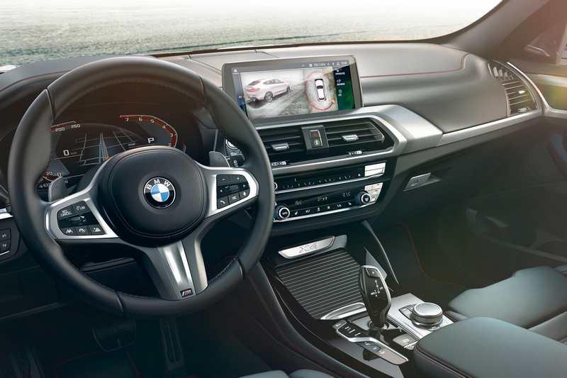 2020年式全新X3與X4全面升級最新iDrive 7.0全數位虛擬座艙。