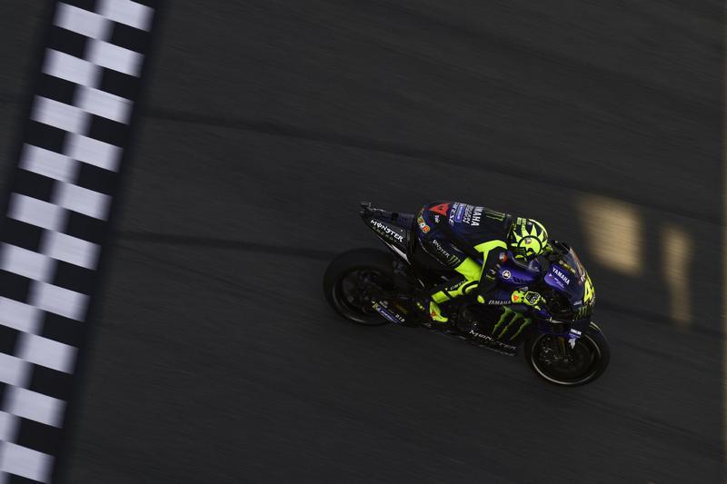 當年那些車手都一一退休,如今只剩Rossi還在場上奔馳,但也只剩下1~2年了,而Rossi的退休才是真正代表著一個時代的閉幕。