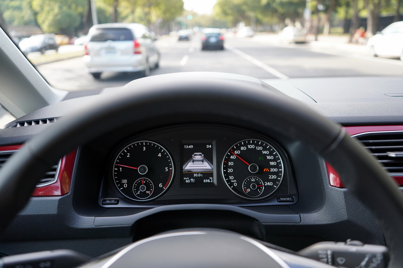ACC功能並非全速域,僅限時速30 km/h以上才能設定