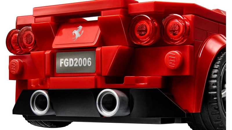 F8 Tributo共有275個零件。