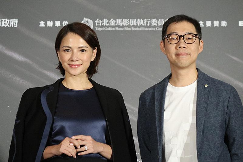電影《夕霧花園》女主角李心潔(左)、導演林書宇(右)
