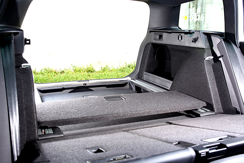 誰說要空間只能選休旅車,Passat Variant行李廂擁有650~1780公升機能表現。