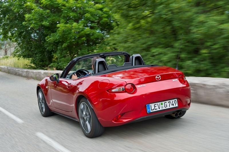 下一代MX-5有可能會導入油電系統,但Mazda表示儘管如此還是會讓MX-5擁有輕量與操控特性。