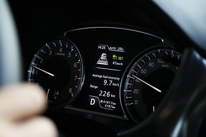 ACC主動式車距巡航控制當然要全速域,像VITARA的這套系統便能於0~160km/h範圍內自由作動,而且還提供煞停與2秒內跟車再開的功能。
