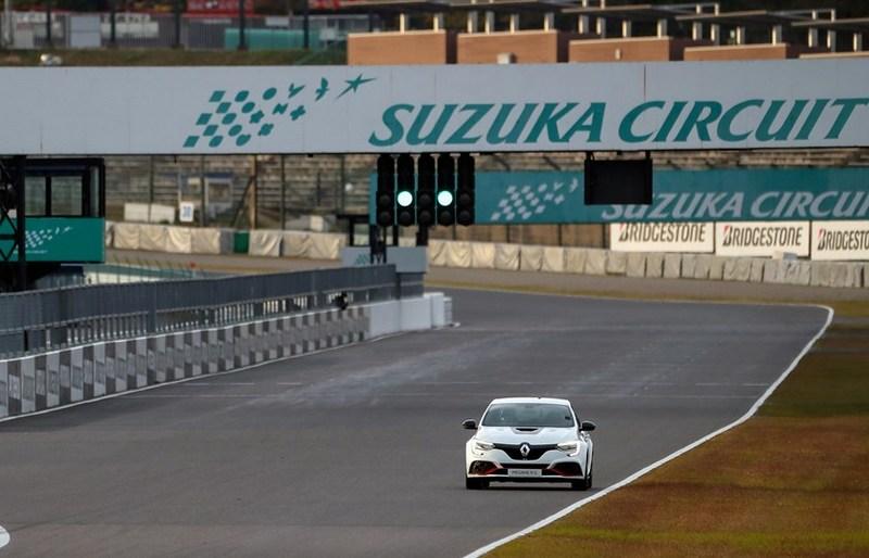 Megane R.S. Trophy-R日前挑戰鈴鹿賽道最速紀錄。