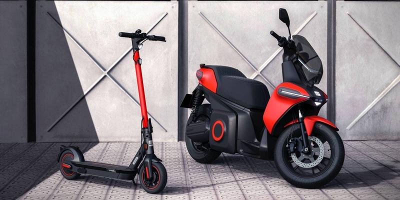 Seat在智能城市博覽會展出電動滑板車與電動概念機車e-Scooter。