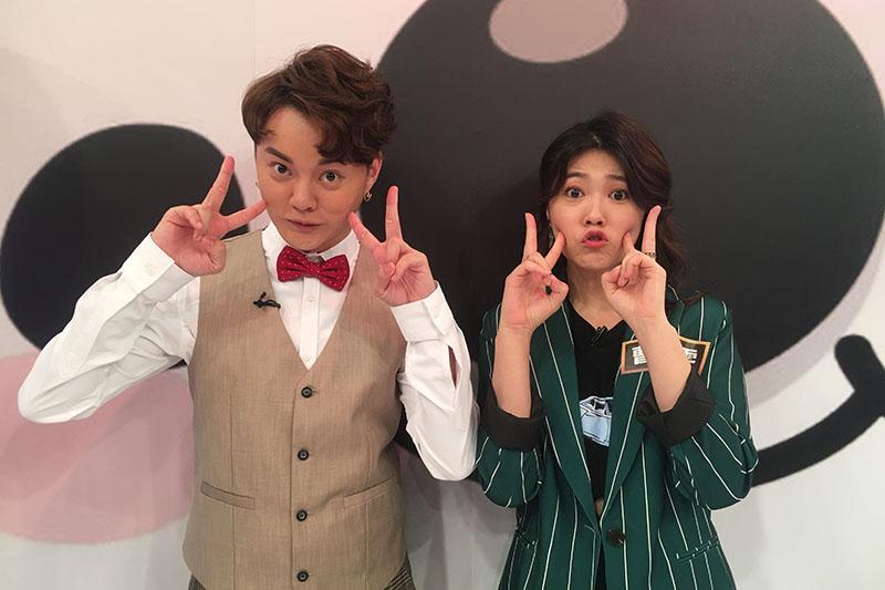 許富凱(左)曹雅雯緋聞夫妻鬼臉超可愛