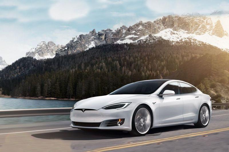 Tesla不論是車輛造型或是座艙都有著像似3C的概念身影。