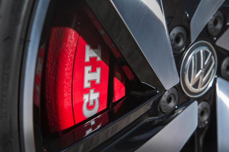外觀預計會導入空力套件、紅色卡鉗、GTI銘牌等。