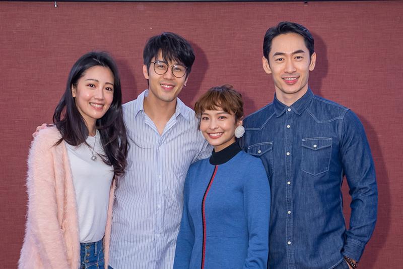 黃薇渟(左起)、胡宇威、葉星辰、路斯明出席《王牌辯護人》殺青酒
