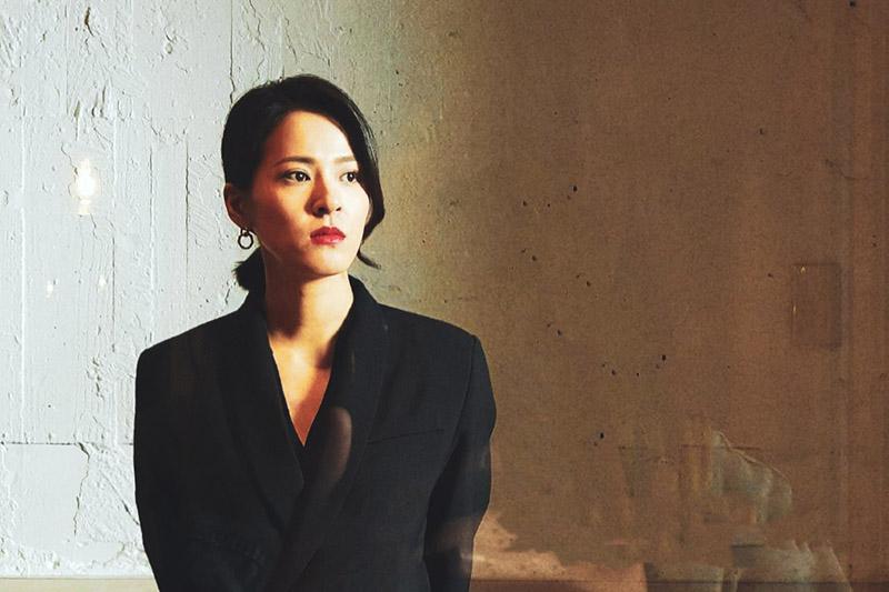 藝人蘇晏霈在電視劇《多情城市》中,演出大老婆「思思」的反擊。/民視提供