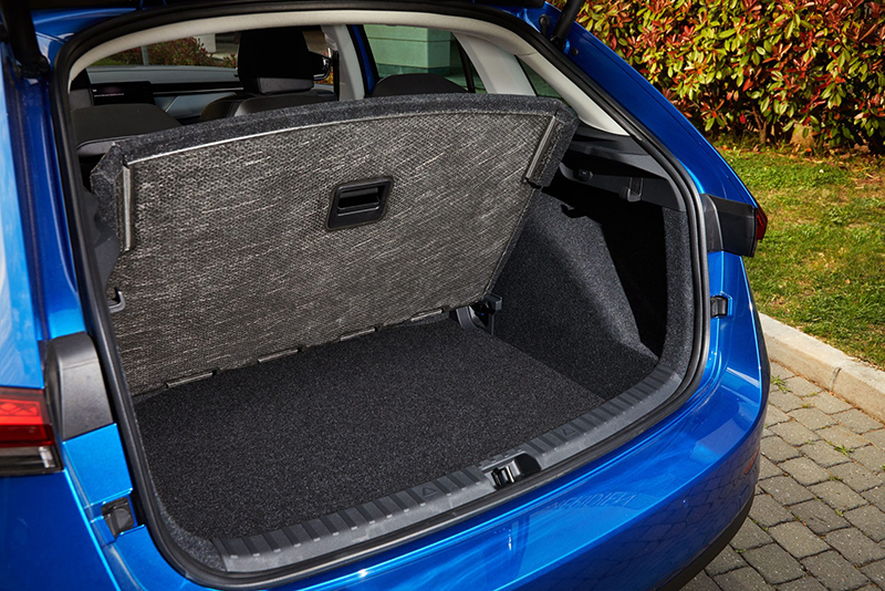 行李廂不僅具備467升寬廣容積,同時也具備高彈性變化與配置機能。