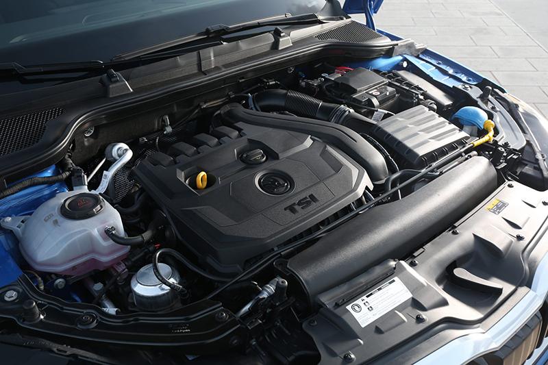 1.5 TSI動力擁有高達150hp的最大馬力以及25.5kg-m峰值扭力輸出,輕而易舉創造豐富駕馭樂趣。