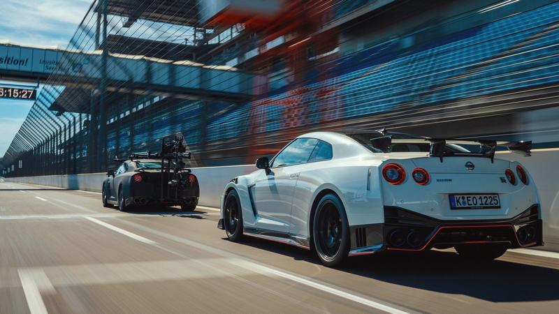 Nissan公布拍攝GT-R Nismo工作車就是GT-R。