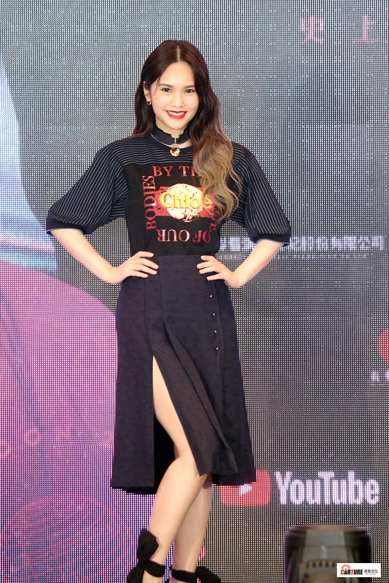 電視選秀節目出道的楊丞琳接任導師。