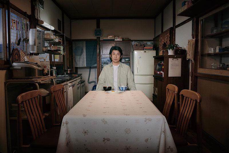 電影《最初的晚餐》中日本奧斯卡影帝被原著劇本深深吸引,演出片中父親一角。