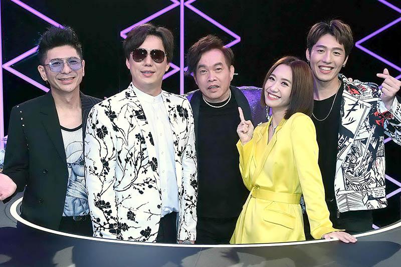 全新台語音樂綜藝節目《上奅台灣歌》(左起)荒山亮、蕭煌奇、康康、LULU、黃昺翔