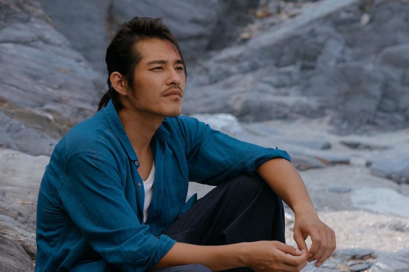 《傻傻愛你傻傻愛我》是藍正龍首部執導電影。/愛奇藝台灣站提供