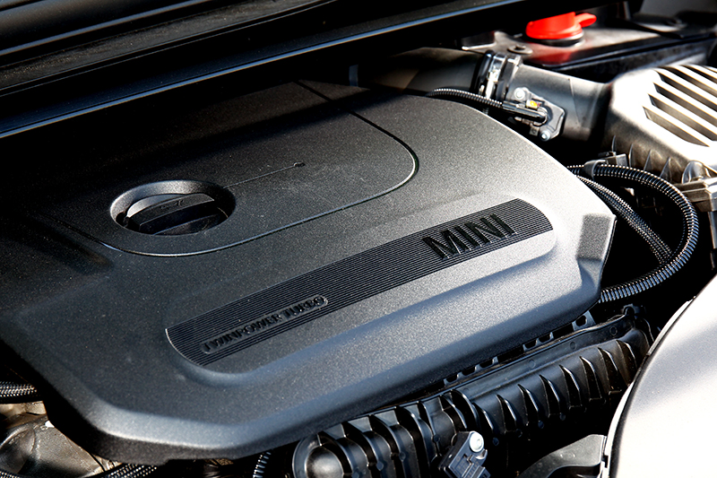 熟悉的三缸渦輪引擎,136hp/22.4kgm動力表現不會讓人感到失望。