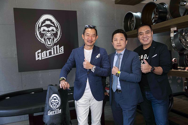 左起依序為Gorilla亞太區品牌總監Mr. Go Mugino、三一國際執行長陳睿謙與Gorilla台灣區品牌總監Jason Chung。