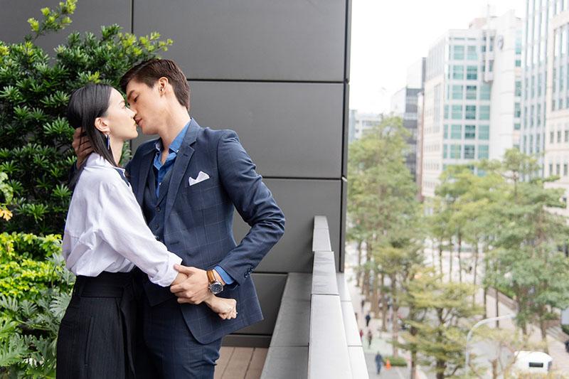 偶像劇《跟鯊魚接吻》羅宏正「霸王硬上弓」強吻鍾瑶