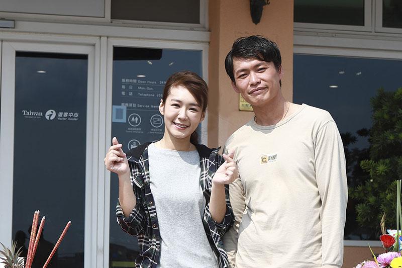 《無主之子》主要演員黃鐙輝(右)、李又汝(左)