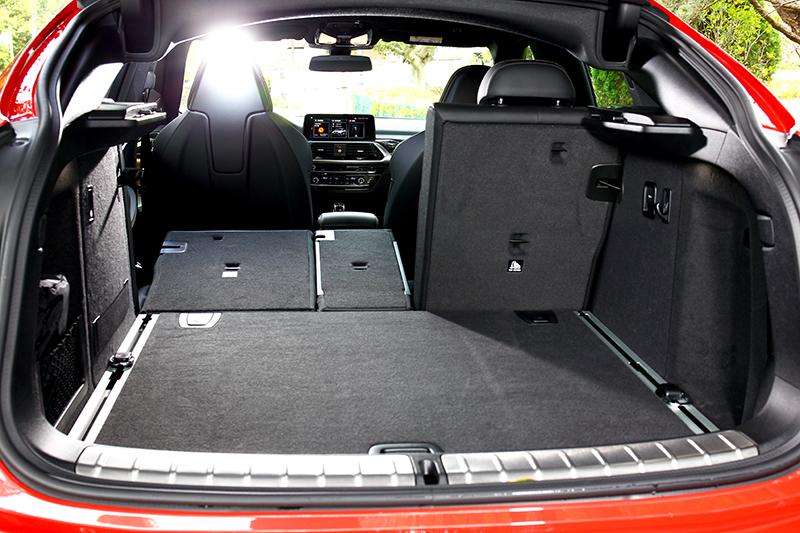 行李廂基本已有525公升容積。