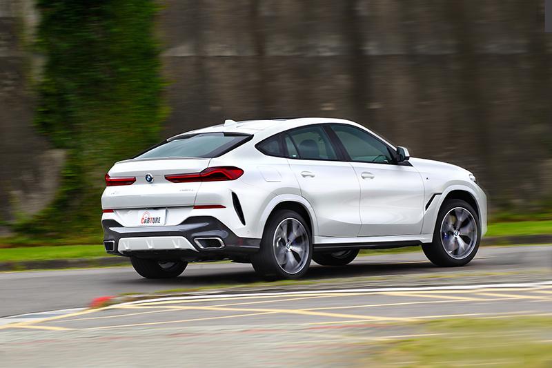 X6 xDrive40i M Sport已跳脫休旅車範疇,不論加速或操控都有性能車味道。