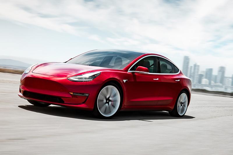 Model 3銷售狀況好到跌破所有人眼鏡,3月份以1293輛成績成為進口車不分級距銷售亞軍。